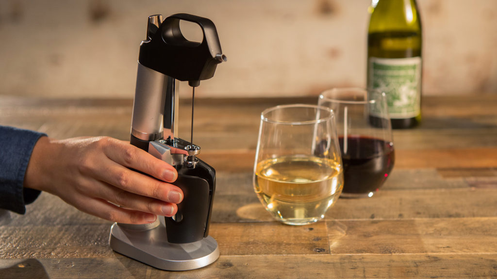 wired_gadget-lab-a-look-at-the-coravin-1000-wine-saver